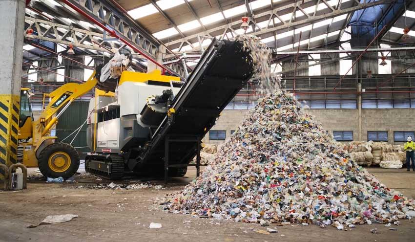 UNTHA entrega un nuevo equipo para producir combustible derivado de residuos en Rosario, Argentina