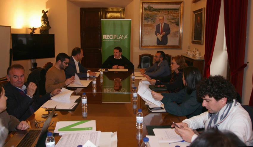 RECIPLASA, más cerca de invertir 40 millones en la mejora de las plantas de Onda y Almassora