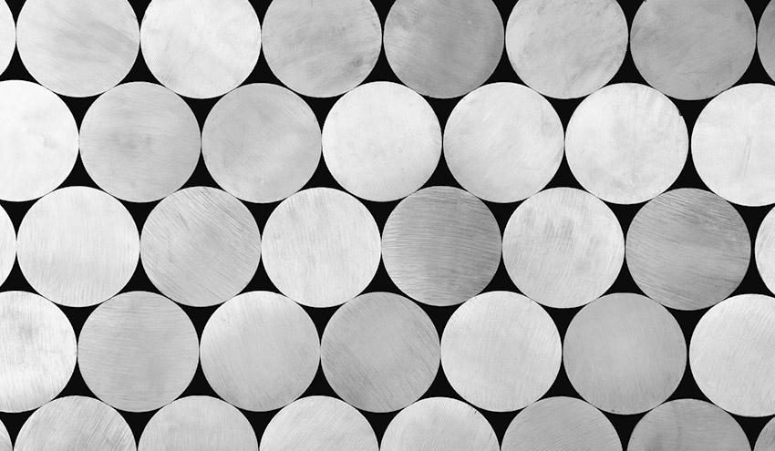 La circularidad del aluminio se sitúa muy por encima del plástico o la madera, según un nuevo informe