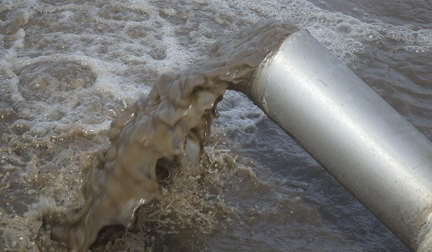 Muchas poblaciones pequeñas aún carecen de depuradoras de aguas residuales
