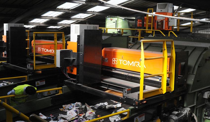 La clasificación automática de TOMRA Sorting añade valor a la recuperación del papel