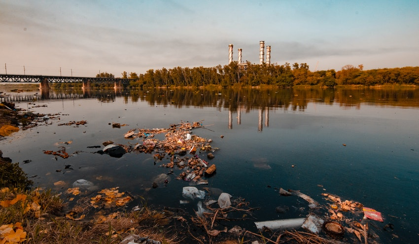 """Estado de la aplicación del principio de """"quien contamina paga"""" en la UE"""