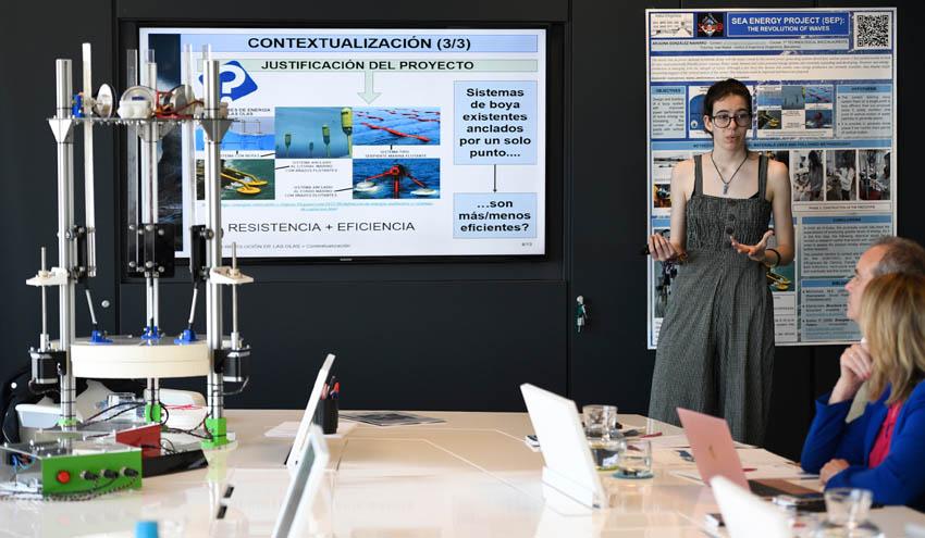 Un prototipo que mejora la generación de energía de las olas competirá en la final del Stockholm Junior Water Prize