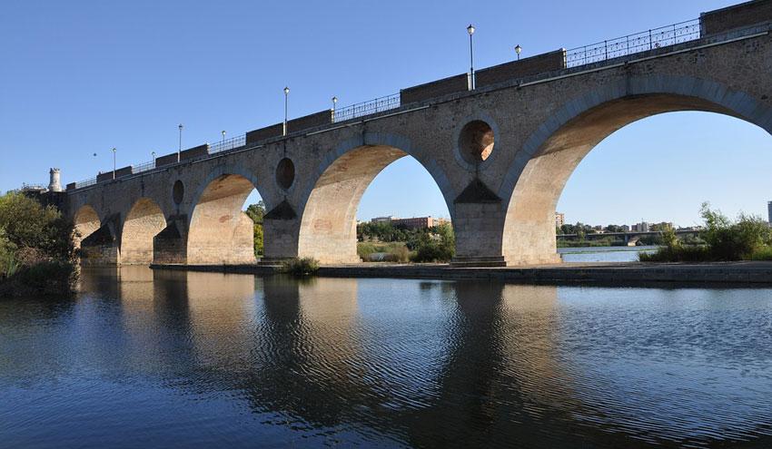 Aqualia, un cuarto de siglo gestionando el agua en la ciudad de Badajoz