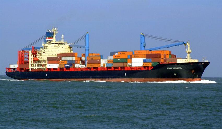 La industria marítima, entre la innovación ecológica o el naufragio contaminante
