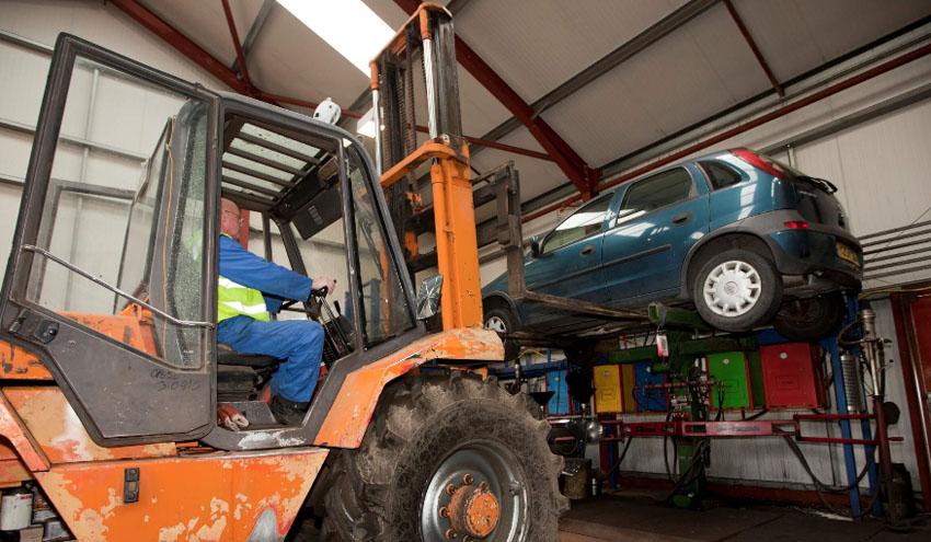 Las claves del nuevo Real Decreto que regula los vehículos fuera de uso