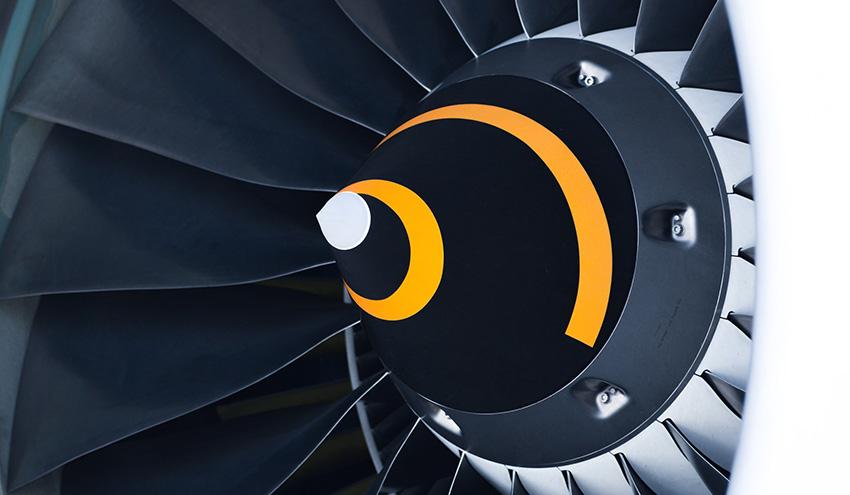 Petronor comienza a producir combustible de aviación a partir de residuos