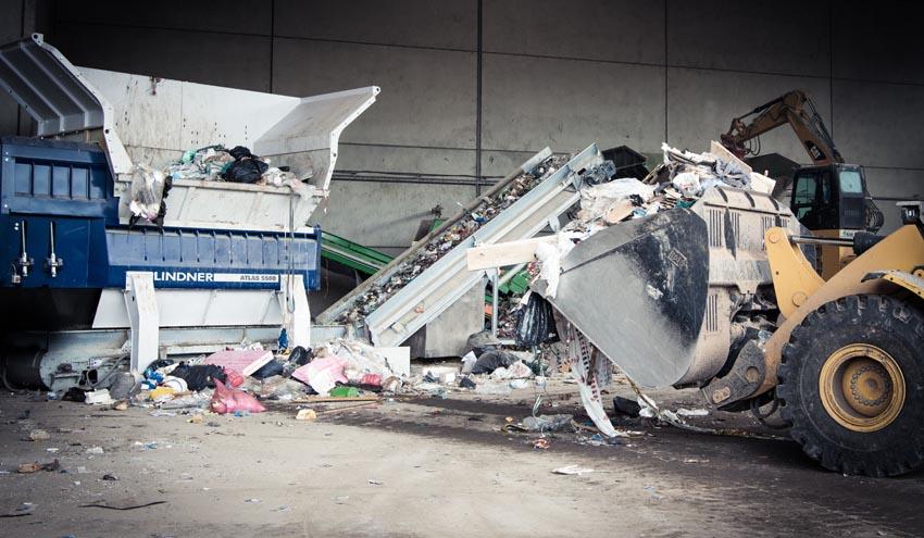 Nueva trituradora de residuos Atlas de Lindner: innovadoramente simple