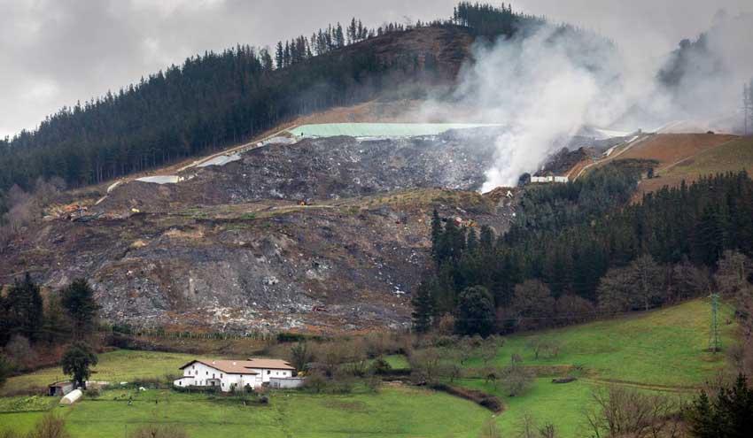 El Gobierno Vasco contrata una auditoria externa de la autorización ambiental del vertedero de Zaldibar
