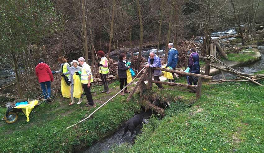 LIBERA busca personas voluntarias para recopilar datos sobre la basuraleza en los entornos fluviales