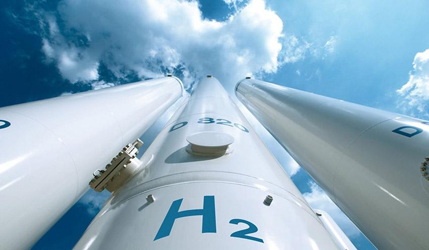 Repsol y Enagás se alían para investigar la producción de hidrógeno renovable en Puertollano