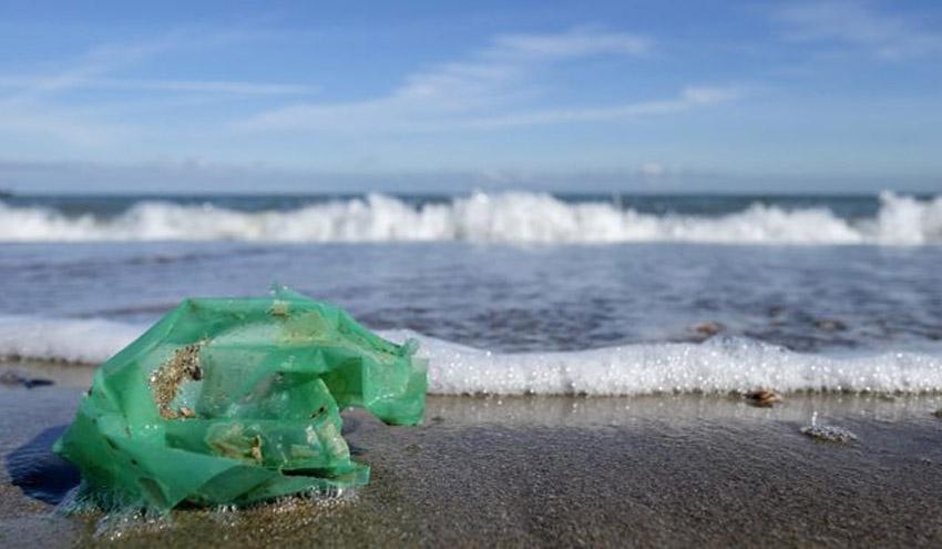 Presentan el primer sensor espacial para la detección de basura marina