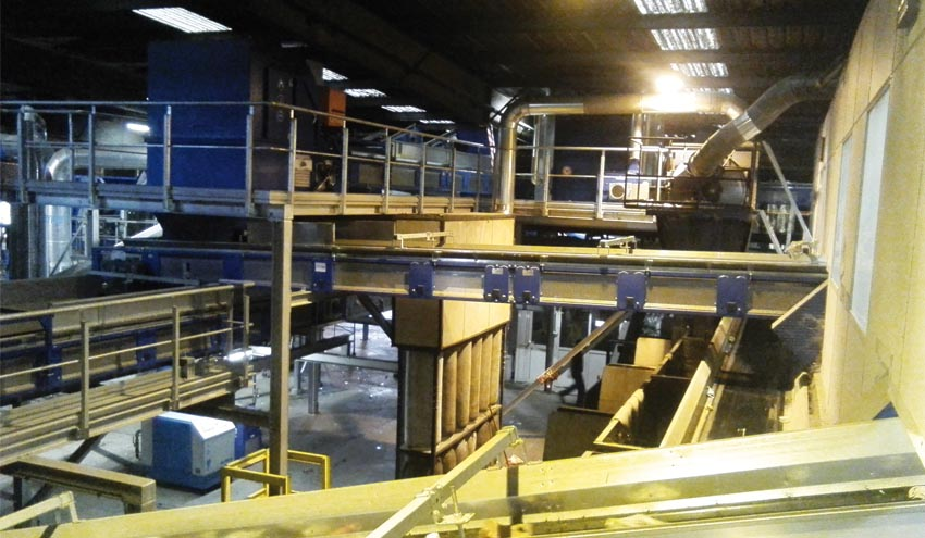 Inaugurada la remodelación de la planta de selección de envases de Vilafranca del Penedès