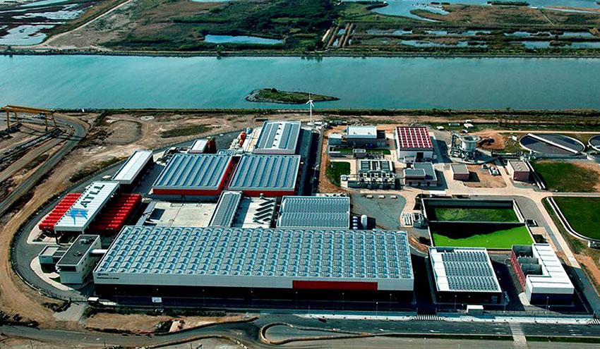 La desalinización y la regeneración de agua aportan en Cataluña más de 720 hm3 de agua en 15 años