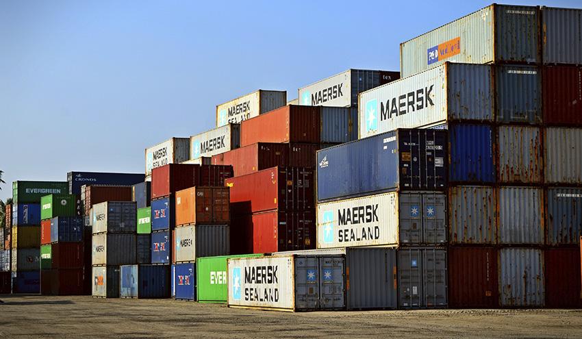 INTERPOL alerta sobre el aumento de los delitos relacionados con el comercio ilegal de residuos plásticos