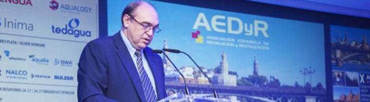 """Arcadio Mateo apuesta durante el X Congreso AEDyR por adoptar una """"visión integradora"""" en el sector del agua en España"""