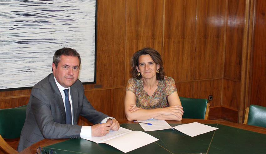 Sevilla y el MITECO avanzan en un plan de 100 millones de euros para mejorar los sistemas de depuración