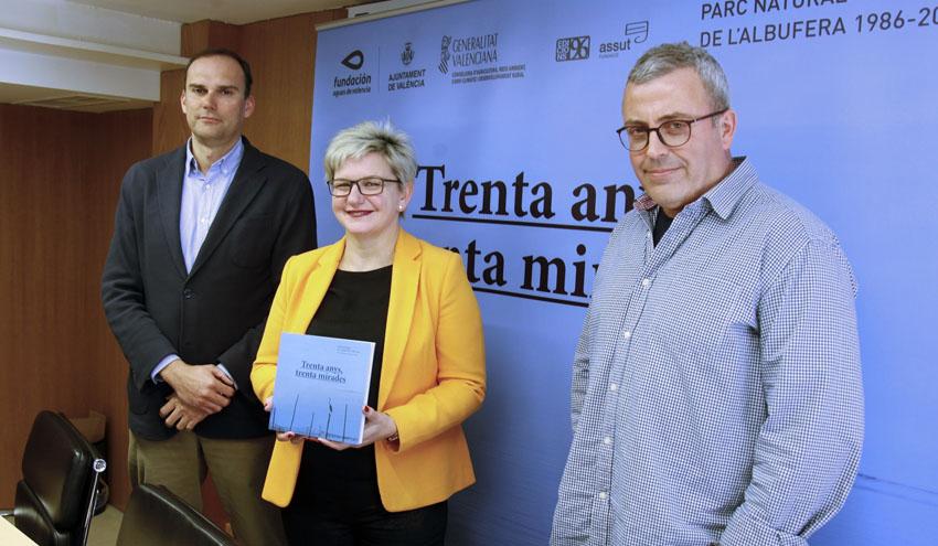"""Presentado el libro """"Parc Natural de l'Albufera: 30 Anys, 30 Mirades"""""""