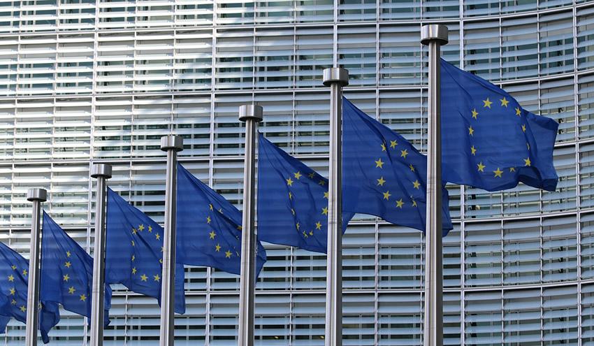 Europa creará nuevas asociaciones e invertirá 10.000 millones de euros en transición verde y digital