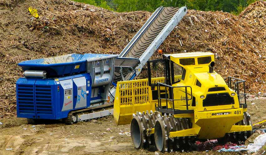 Lindner convierte residuos de madera en producto a granel para la cubierta diaria de vertederos