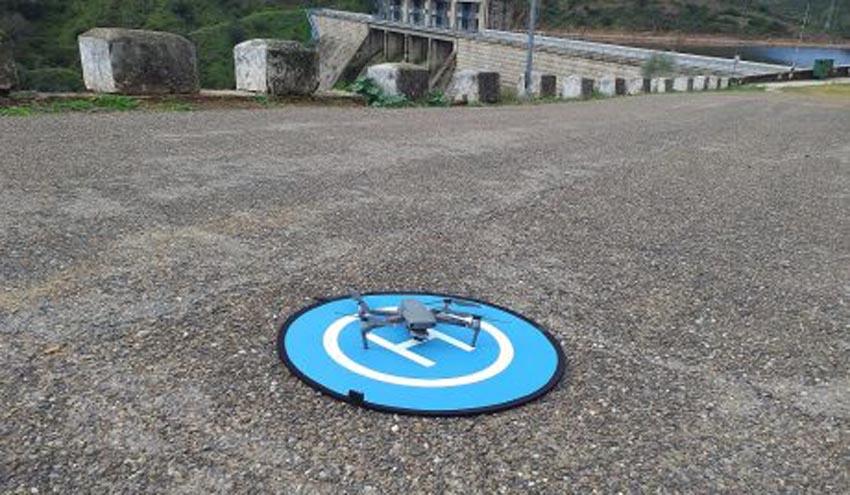 Emasesa incorporará drones para mejorar la gestión de la seguridad de sus infraestructuras esenciales