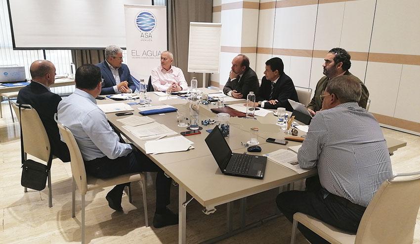 Empresas del sector presentan sus propuestas al Pacto Andaluz del Agua