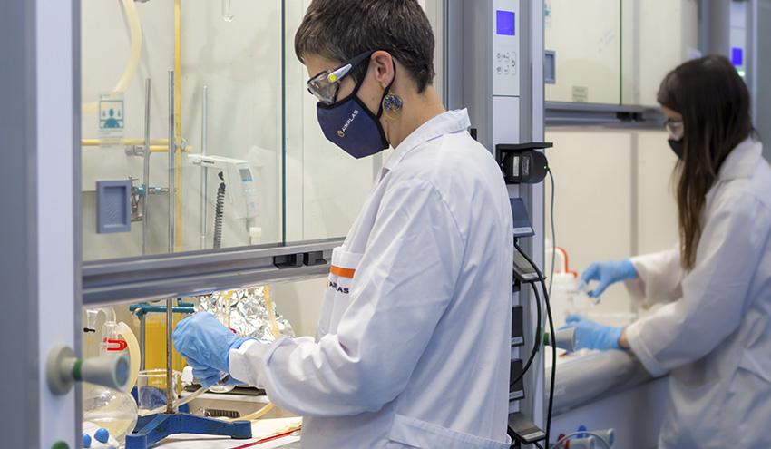 Una nueva vida para los composites utilizados en los aerogeneradores y en aeronáutica a través del reciclaje químico