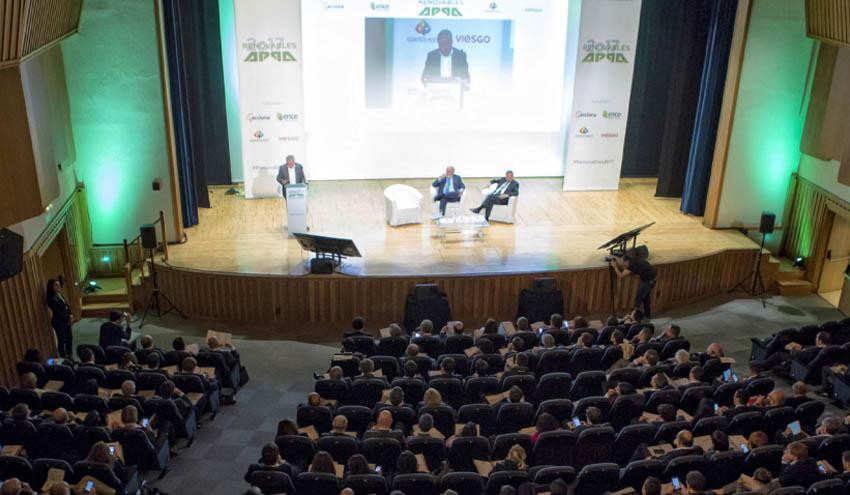 Teresa Ribera y Miguel Arias Cañete abrirán el Congreso Renovables 2018
