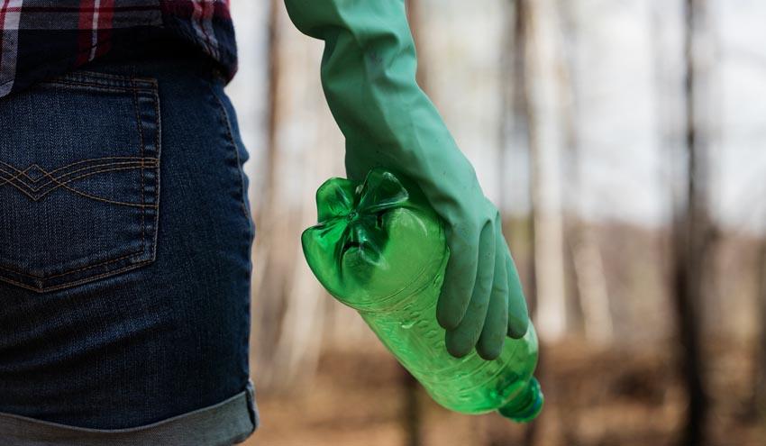 Nueva guía ayudará a combatir los puntos críticos donde se genera la contaminación por plásticos
