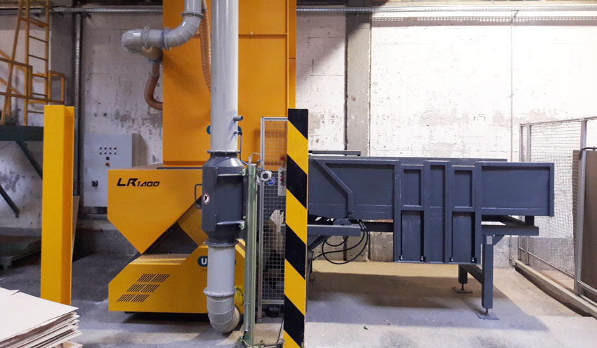 UNTHA IBERICA entrega un equipo LR1400 para el reciclado de pallets en Angola