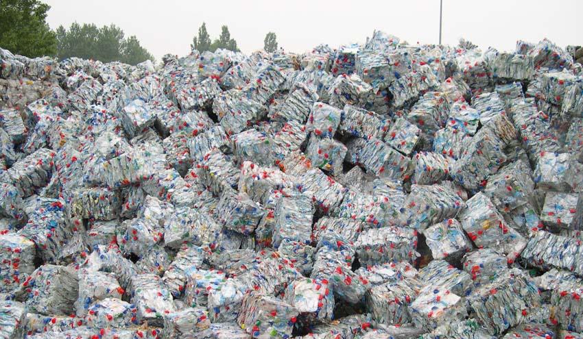 España destaca en reciclado  y suspende en vertedero, según un estudio de PlasticsEurope