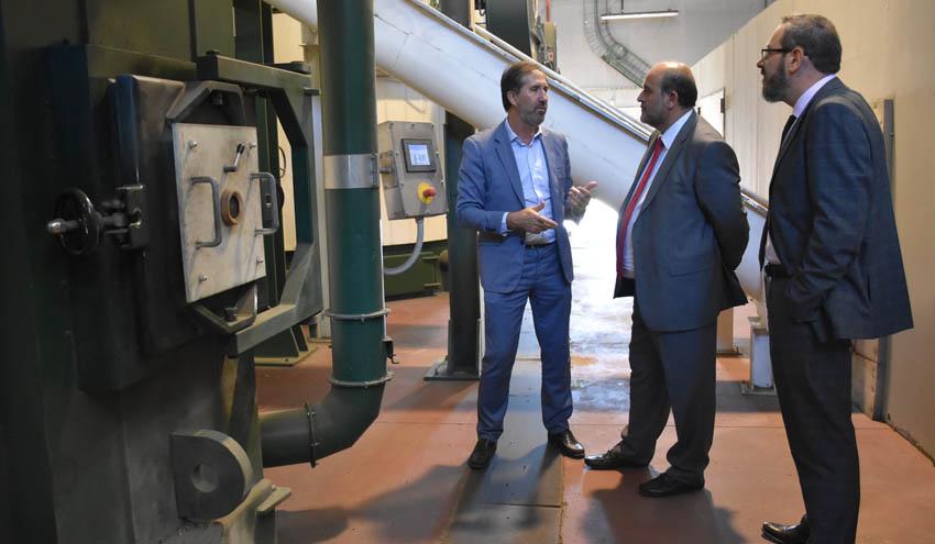 El vicepresidente de la Junta de Castilla-La Mancha visita la Red de Calor de Soria