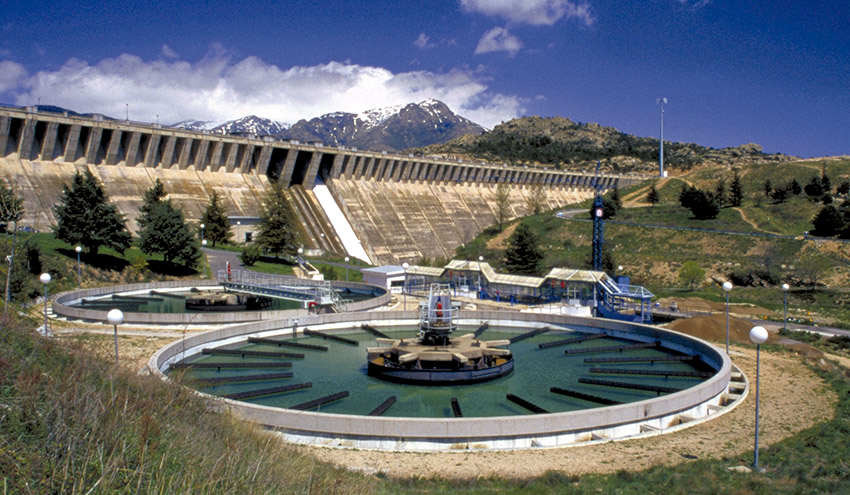 El sector del agua urbana es fundamental para la recuperación en el ámbito municipal