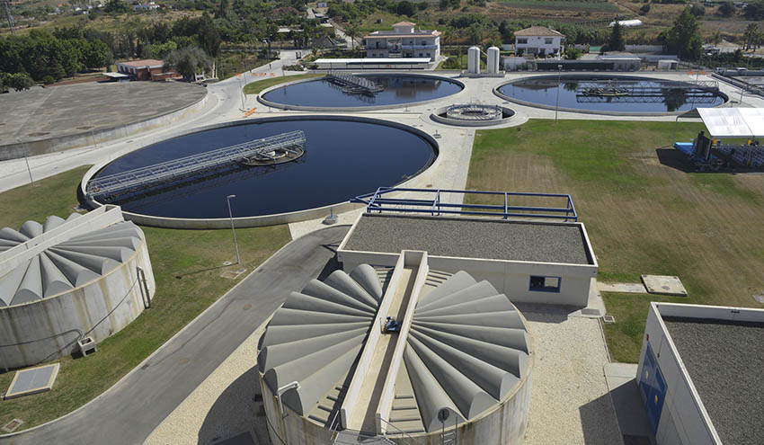 Acosol pone en marcha un estudio para optimizar la depuradora de Guadalmansa