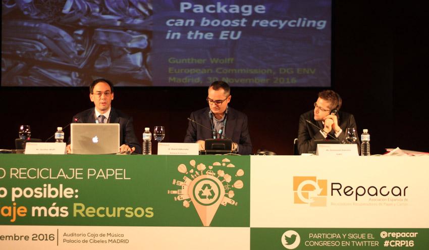 """Gunther Wolff: """"La economía circular nació como planteamiento medioambiental, ahora es clave en la economía"""""""
