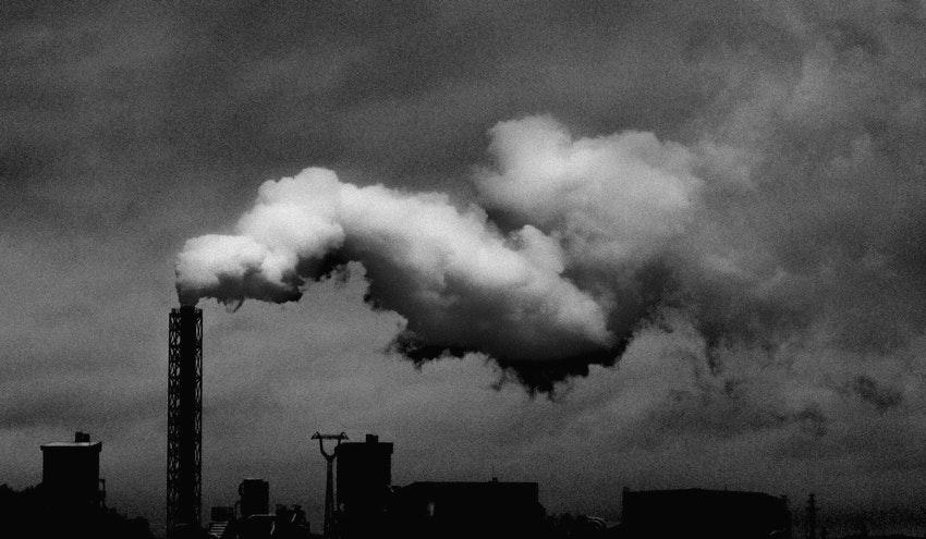 Resumen de la pionera sentencia holandesa que condena a Shell a reducir sus emisiones de CO2 en un 45%