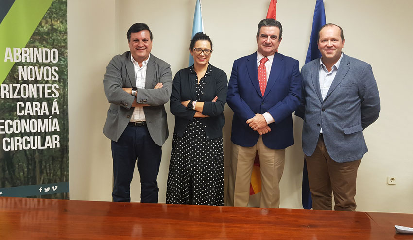 La Asociación Gallega de la Empresa Familiar se interesa por la moderna planta de Sogama