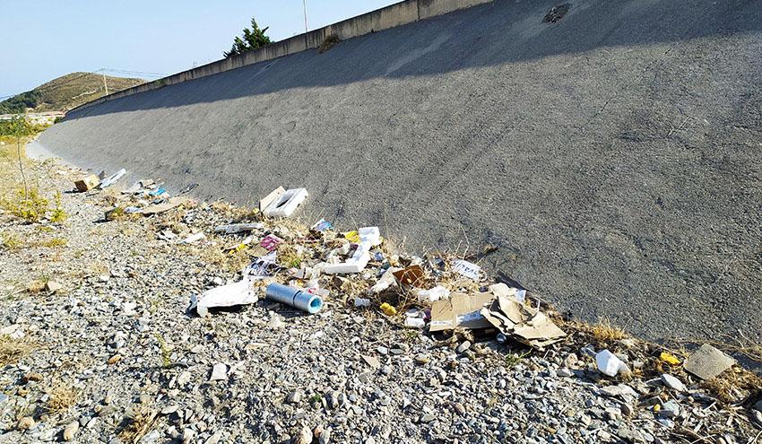 Ramblas, torrentes y barrancos: grandes puntos de abandono de residuos