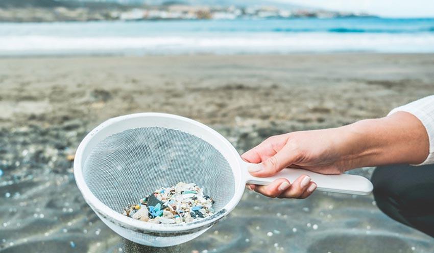 No solo los microplásticos dañan la vida acuática