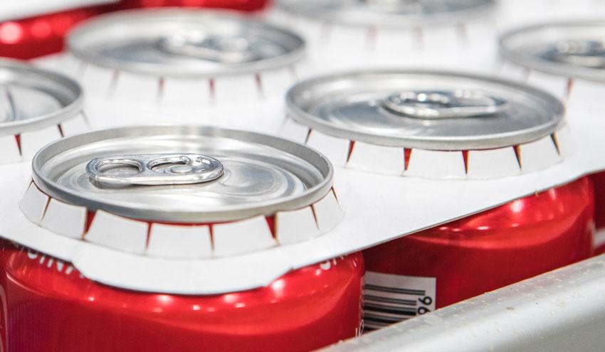 Coca-Cola en España ahorrará más de 18 toneladas de plástico al año gracias a los agrupadores de cartón