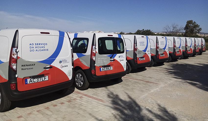 ACCIONA incorpora 12 vehículos eléctricos para la gestión del saneamiento de la zona Nascente en El Algarve