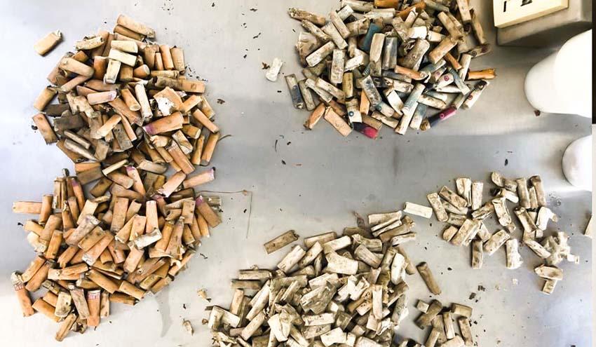 Eliminan las colillas de cigarro convirtiéndolas en bioplástico