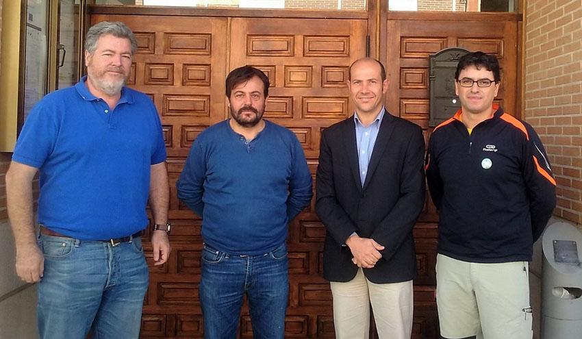 ASEGRE traslada las preocupaciones del sector al diputado de EQUO Juan López de Uralde