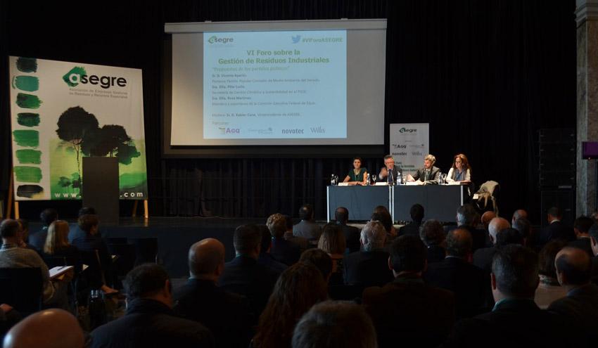 El sector medioambiental debate sobre la situación de los residuos industriales en el VI Foro de ASEGRE