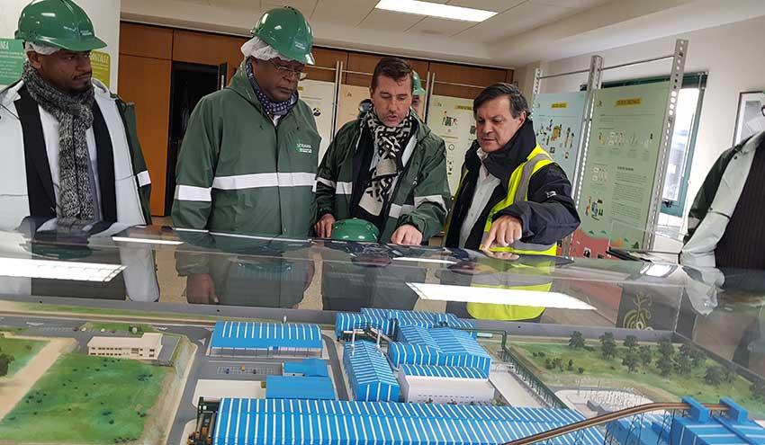 Una delegación de las Islas Comores conoce en profundidad el modelo Sogama