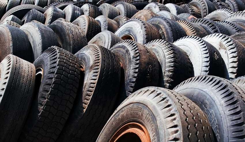 Combustible a partir de los neumáticos fuera de uso mediante pirólisis catalítica