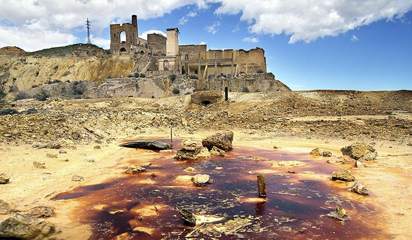 El peligro oculto en los suelos contaminados