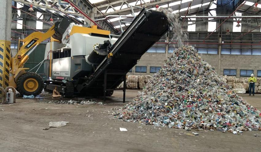 Una nueva trituradora de residuos transforma la capacidad de coprocesamiento de Geocycle Argentina