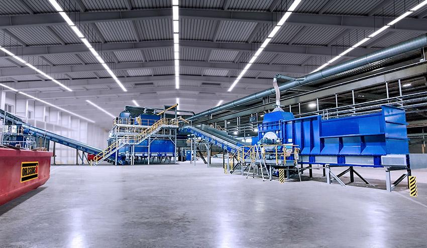 STADLER y TOMRA, aliados tecnológicos en la primera planta de clasificación textil totalmente automatizada