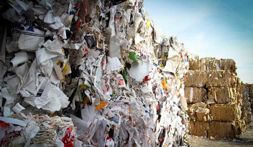China plantea la prohibición total de la importación de residuos sólidos
